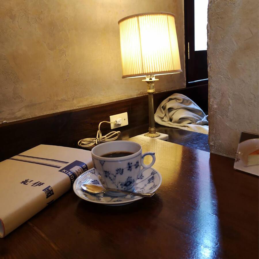 レトロでコーヒーが楽しめる老舗のコーヒー屋が原宿に