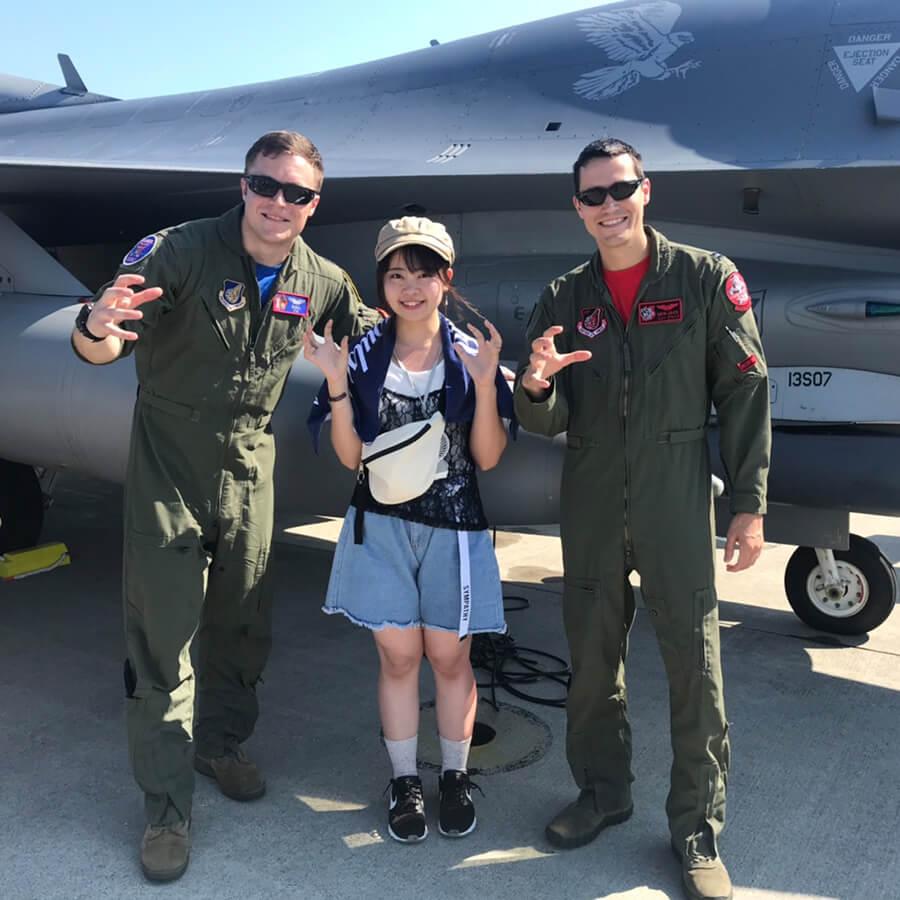 ブルーインパルスによる航空ショーが美しい「三沢基地航空祭」がオススメ